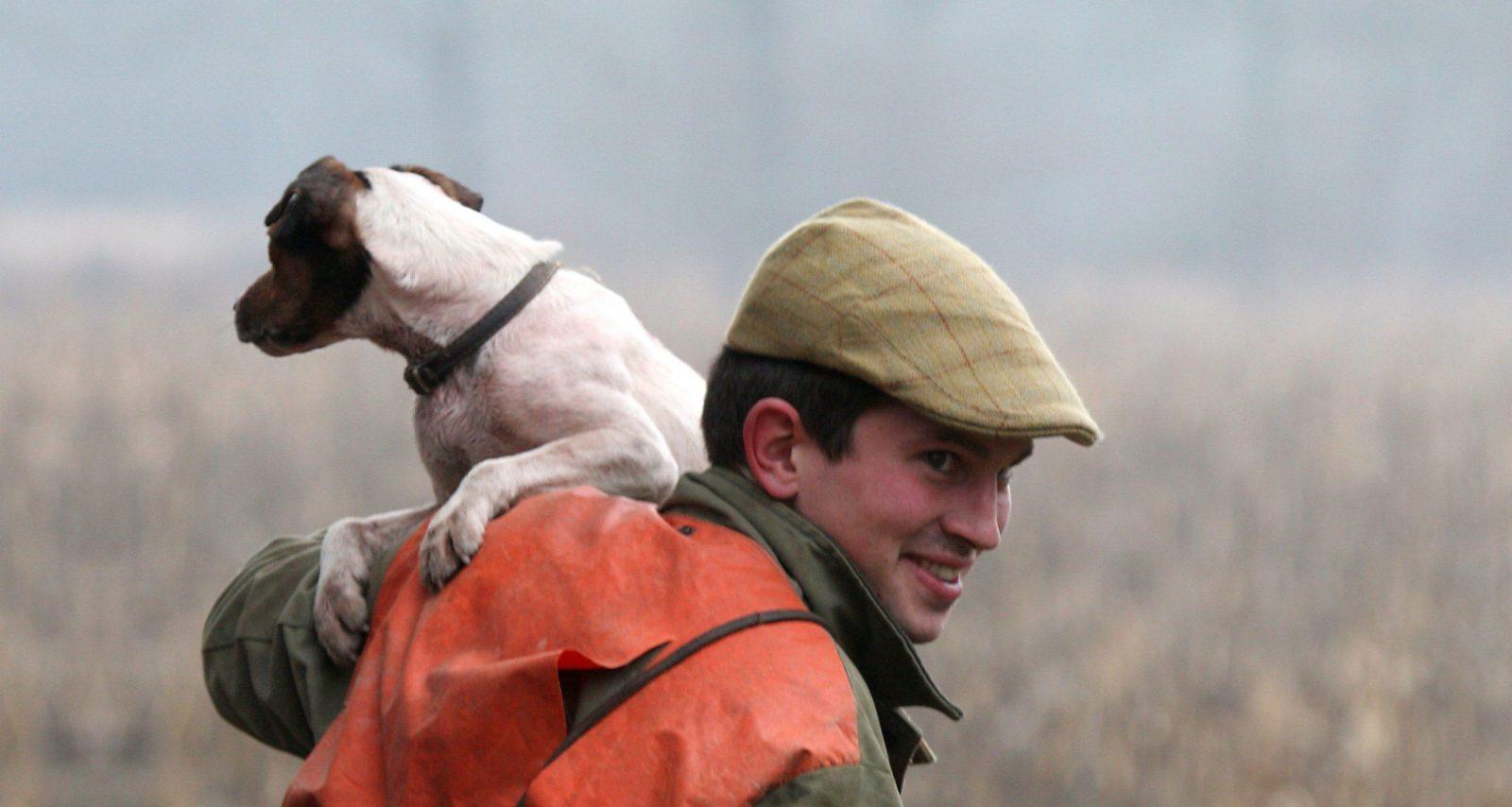 chasse chien complicité chasseur jack russel